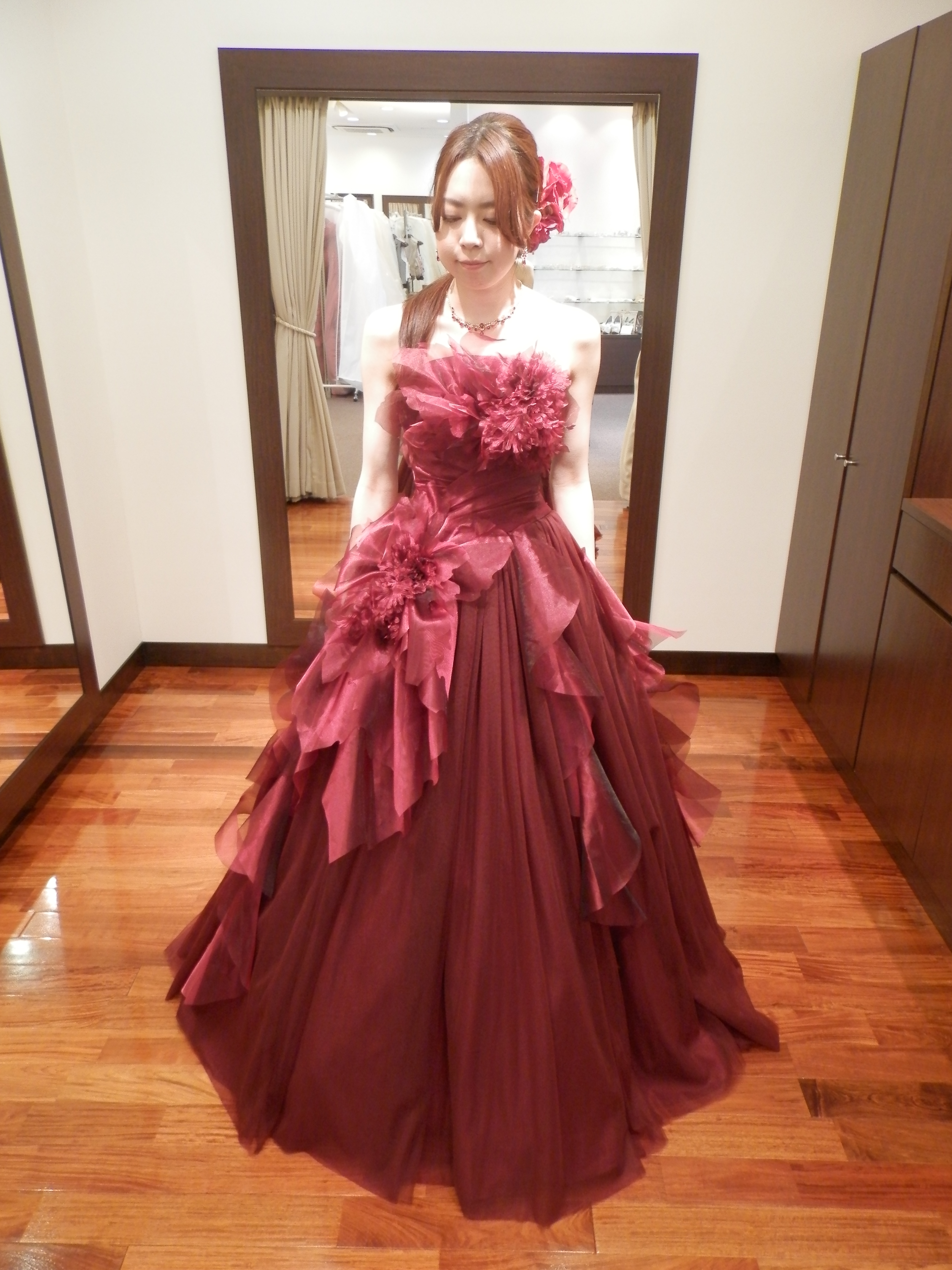 1ee940afe1e0e スタッフブログ||新作カラードレス入荷致しました。|岐阜・名古屋の貸 ...